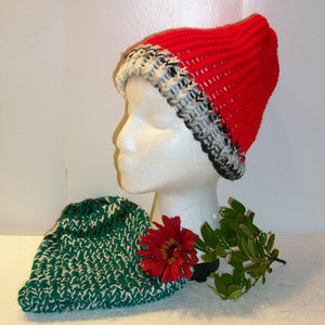 Lot of 2 NEW Hand Made Cable Knit Hats Red & Green